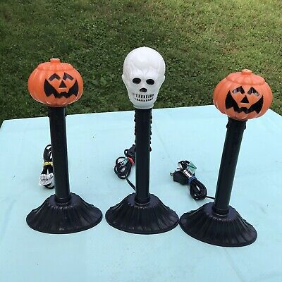 3 VTG Plastic Blow Mold Halloween Pumpkin Skull Electric Lighted Window Candles