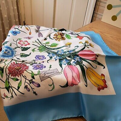 Vintage Gucci Floral Insects 100% Silk Scarf blue w/ Border w/Label