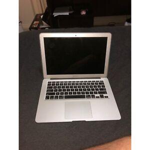 Apple MacBook Air 13 Inch 256GB SSD