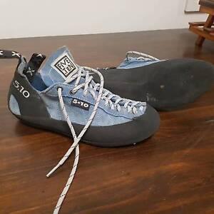 Rock climbing shoes- Womens size 40 North Bendigo Bendigo City Preview