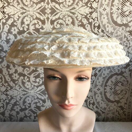 Vintage 1950s New Look White Wide Downturned Brim Summer Hat