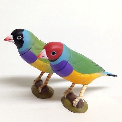 Choco Egg Mini Figure Bird Gouldian Finch 2pcs Red & Black Kaiyodo Japan