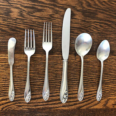 No Mono Gorham Lily of the Valley Sterling Silver Dinner Fork 7 1//4 Inches