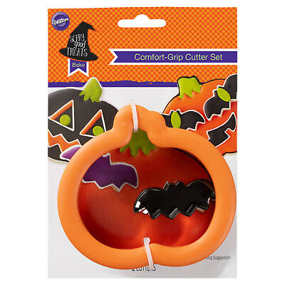 Wilton Halloween Comfort Grip Cookie Cutter Set Pumpkin & Mini Bat Orange](Mini Cookie Cutters Halloween)