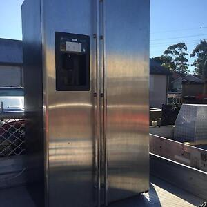 692L fridge/freezer Pendle Hill Parramatta Area Preview