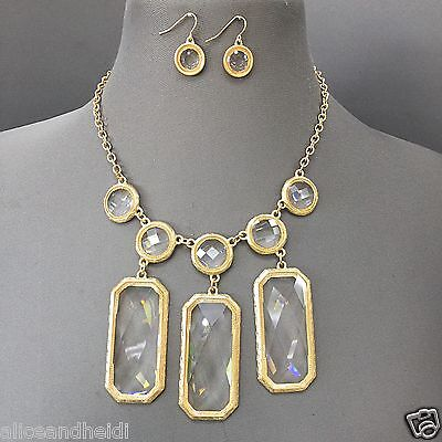 Gold Finish Rectangle Clear Triple Stone Pendents Necklace With Dangle (Gold Triple Stone)