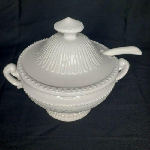 Antique Vintage FARMHOUSE White Ironstone Gravy Dish BOWL w/ Lid Country Chic