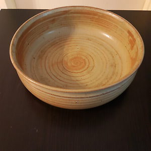 Bell Tower Pottery Serving Bowl Homebush West Strathfield Area Preview