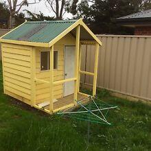 Cubby house for sale Kangaroo Flat Bendigo City Preview