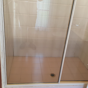 Shower screen Austral Liverpool Area Preview
