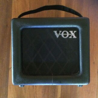 VOX mini 3 - portable/busking guitar amp