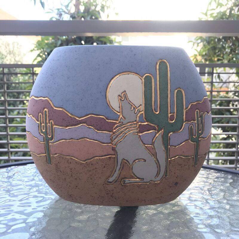 Vtg Southwestern Ceramic Vase Wolf Coyote Howling Moon Cactus Desert Scene