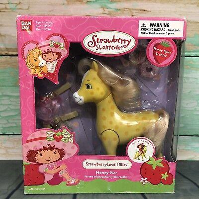 NEW Strawberry Shortcake Honey Pie Strawberryland Fillies Filly Pony Bandai 2003 Strawberry Shortcake Honey Pie