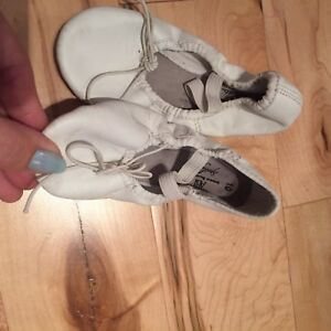 10 pairs of ballet shoes