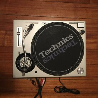 Technics 1200 MK3D - Japanese imported *RARE* Bentleigh East Glen Eira Area Preview