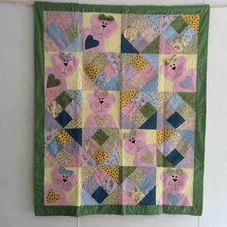 Pink Bears Quilt Kentish Area Preview