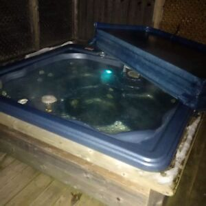 Nahanni Hot Tub
