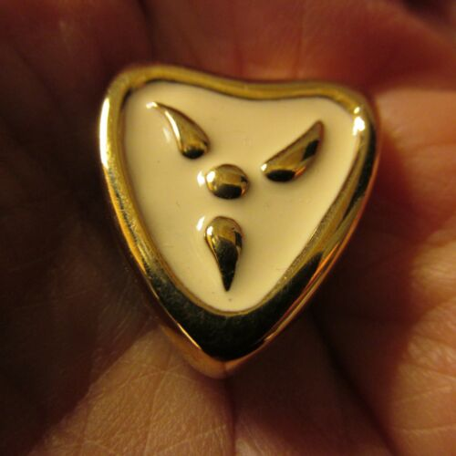 VTG GIVENCHY EARRINGS CLIP GOLD TONE SIGNED CREAM ENAMEL PAINT 80