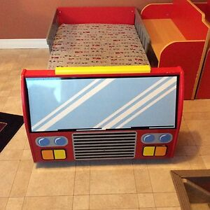 Fire truck toddlers bed room set