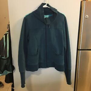 Lululemon scuba zip-up size 12