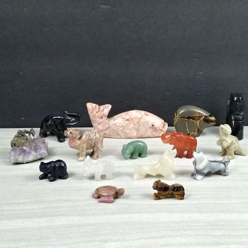 MAMAS ESTATE LARGE LOT OF STONE FIGURES ASSORTED #Y5-17