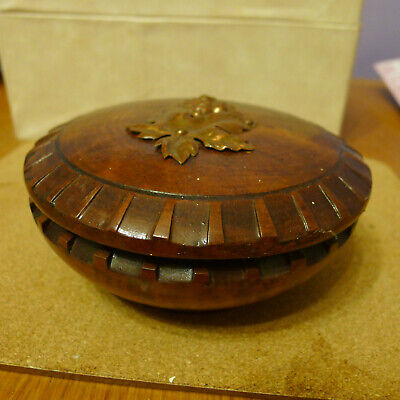 Old Round Wooden Tobacco Pot from Eperra (France)....VGC.