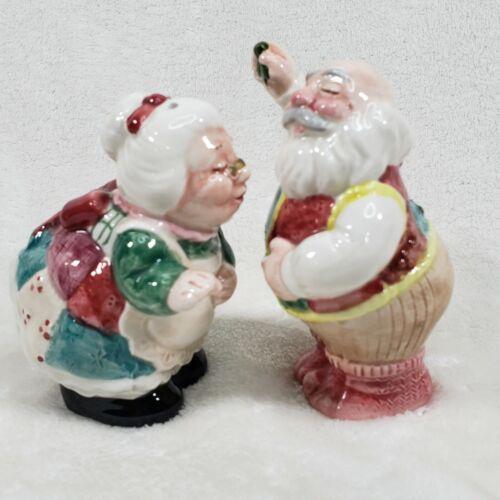 VINTAGE FITZ AND FLOYD MR & MRS SANTA SALT & PEPPER SHAKERS MISTLELTOE KISSES