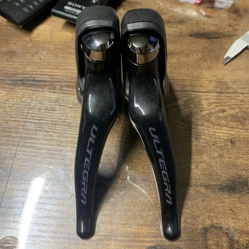 Shimano ultegra r8000 11 speed shifters set 2x11 (7536)