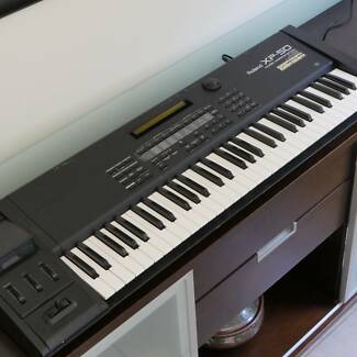 XP50 Roland Music Workstation with 2 x Expansion Boards