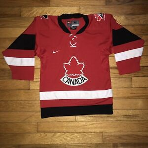 Nike Team Canada Hockey Jersey (Size M Youth)