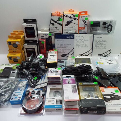 LOT OF ELECTRONIC ACCESSORIES - 71 PCS - INSIGNIA / GE / GRIFFIN / PHILIPS (T83)