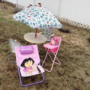 Chaise et parasol enfant