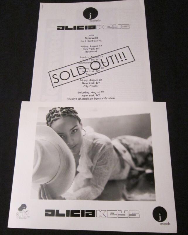 ALICIA KEYS—2001 PRESS KIT—PHOTO