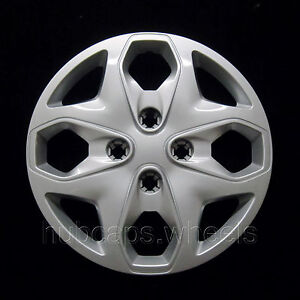Ford Fiesta 2011-2013 Hubcap - Premium Replacement 15-inch Wheel Cover - Silver
