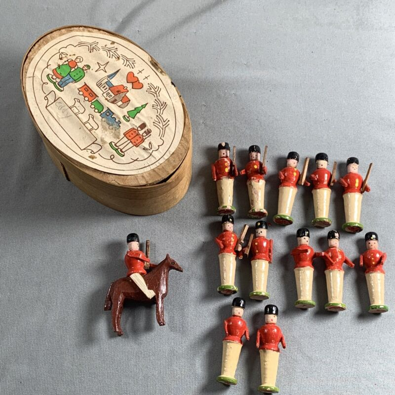 Vtg Miniature Wooden Soldiers In Box Germany Xmas Village