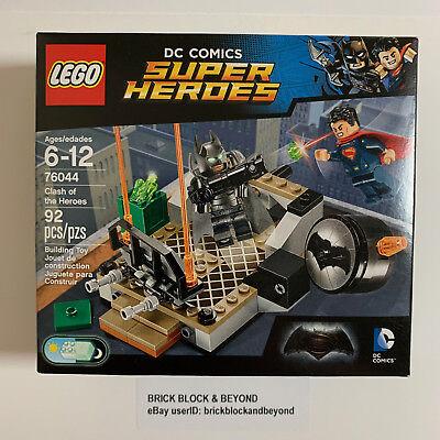 LEGO DC Comics Super Heroes 76044 Clash of the Heroes Cape Variant New Sealed (Super Heroes Cape)