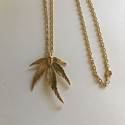 Women's Vintage Gold Tone Costume Necklace Leaf Pendant