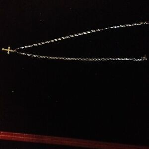 10k gold and 925 sterling silver necklaces read description