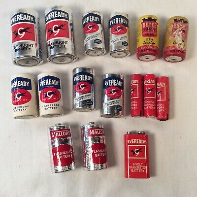 Lot of 16 Vintage Collectible Batteries C D AA Cell 9 Volt Assorted Brands
