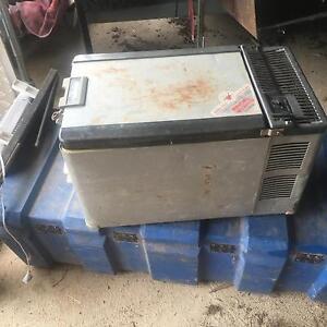 Engel MT29 12 volt fridge. Moama Murray Area Preview