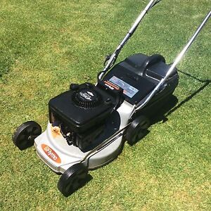 Flymo alloy base key start lawn mower 5hp 4 stroke good blades Wantirna South Knox Area Preview
