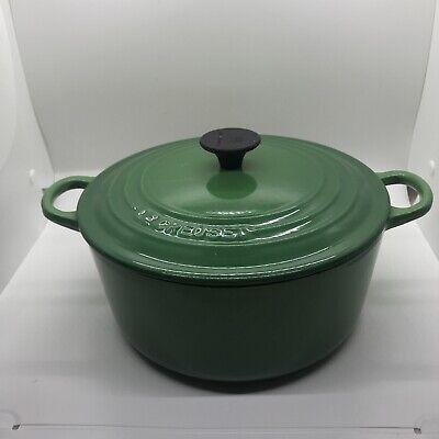 Le Crueset vintage #22 3.5 qt round dutch oven Emerald Green 9in
