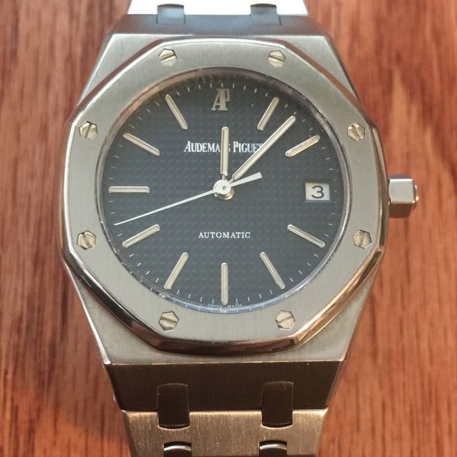 $45.00 - Audemars Piguet Zagg Protector anti-scratch, Crystal, Bezel and Sides set of 2
