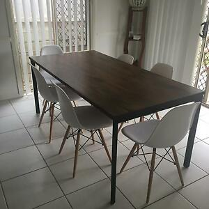6 seater Freedom dining table and chairs Bray Park Pine Rivers Area Preview