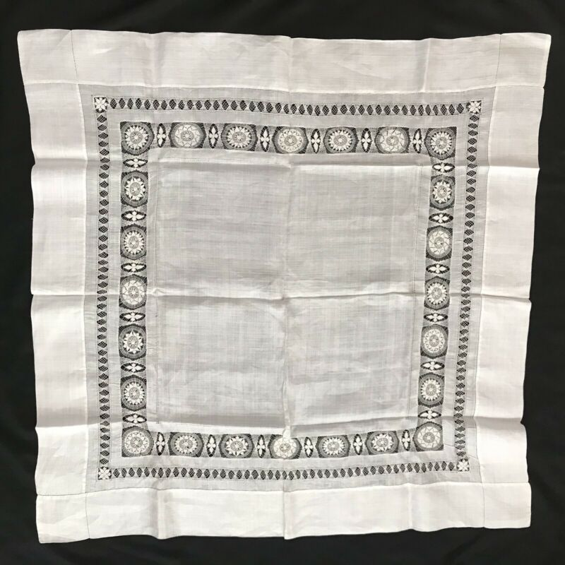 """ANTIQUE HAND LOOMED WHITE LINEN DRAWN WORK/LUNCHEON TABLE CLOTH 39"""" SQUARE"""
