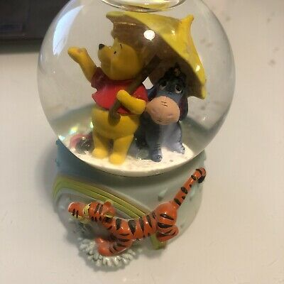 Disney Winnie the Pooh Mini Snow Globe Month of April Tigger Eeyore