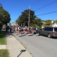 Free lessons Learn the pipes or drums