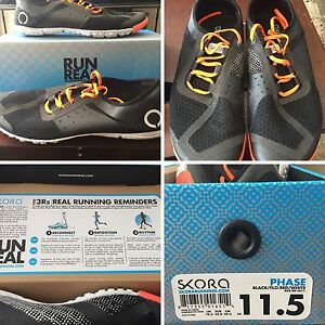 Skora running/training shoes