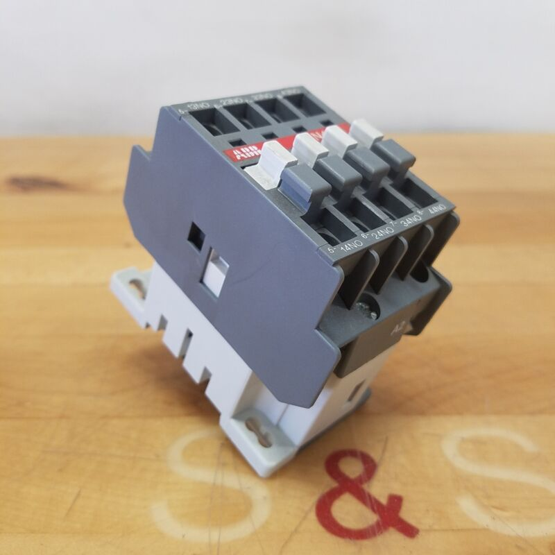 ABB N40E Relay Contactor, 120V 60Hz Coil - USED