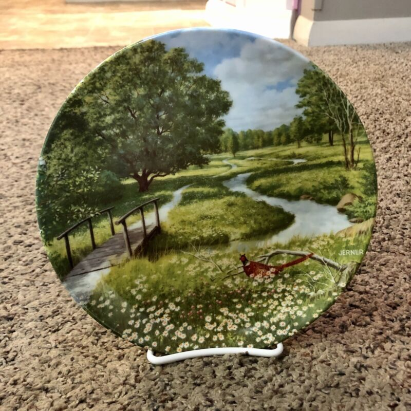 1989 Edwin M. Knowles China The Flowering Meadow Decorative Plate w/ stand